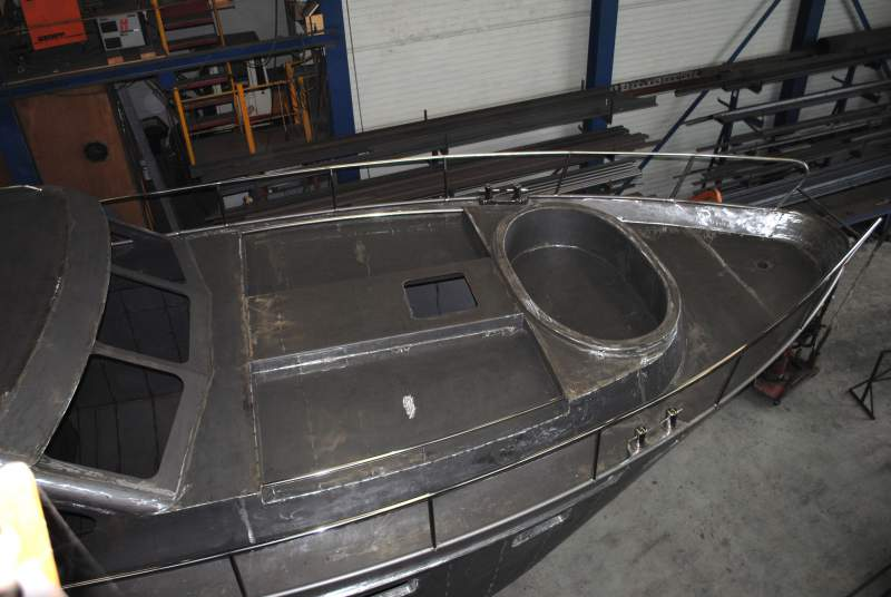 Hemmes H.02 Cabrio 14.00 x 4.20  met zonnematras sparingen en whirlpool voorbereiding in voordak